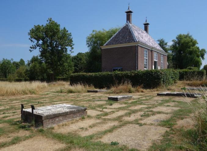 Hitte legt Joodse graven bloot