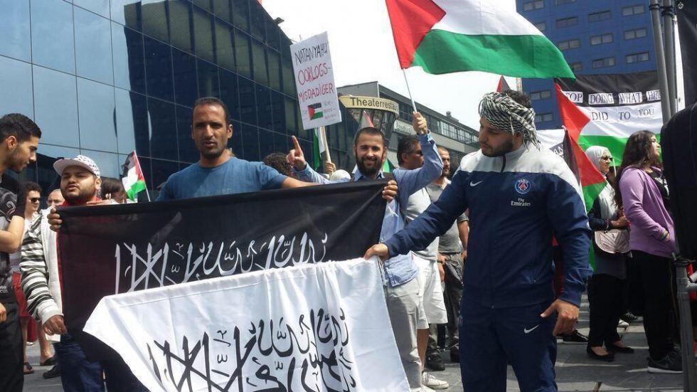 Vervolging na antisemitische leuzen bij demonstratie in Rotterdam
