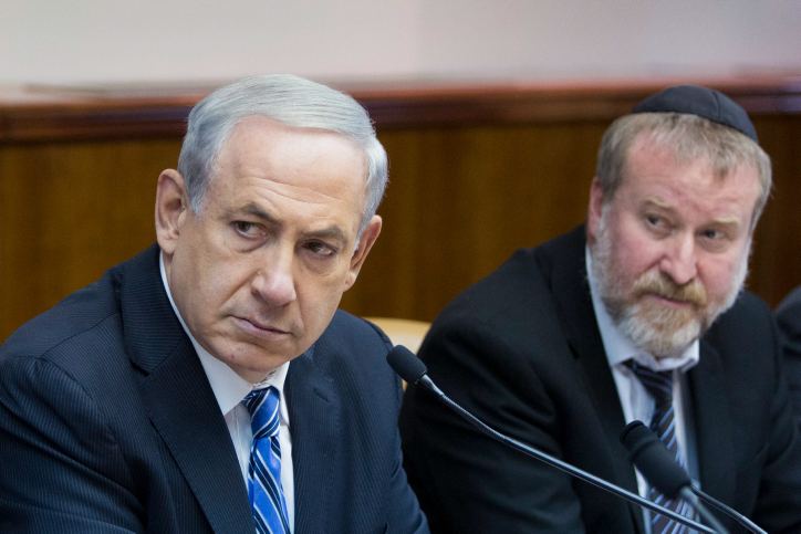 BREKEND: Netanyahu vervolgd in corruptiezaak