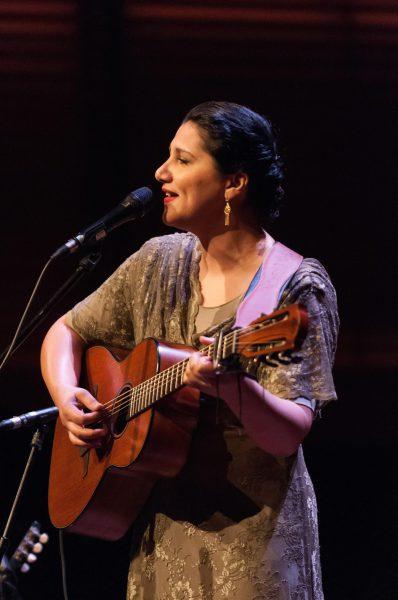 Maureen Nehedar brengt Perzische volksmuziek tot leven