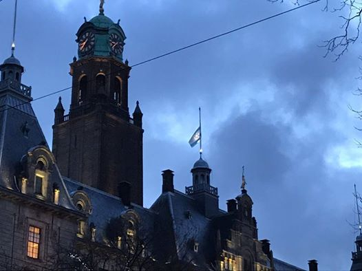 Rotterdamvlag gaat internationaal